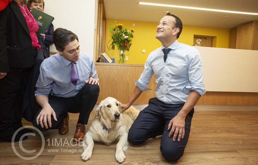 Leo Varadkar & Simon Harris at Our Lady's Hospice with therapy dog Rian. Press PR Photocall photography Dublin www.1image.ie